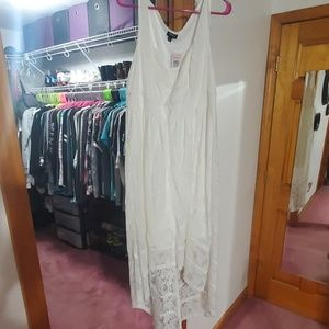 NWT Torrid lace hi-lo dress size 1 Ivory
